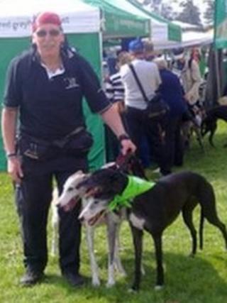 Neil Holohan with dogs Champ, Daisy and Kara