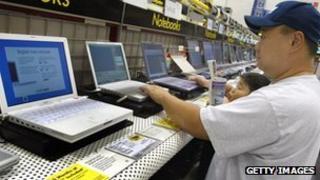 Apple computers on sale in Best Buy