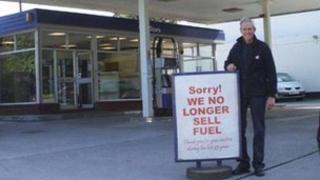 Roger Chapman at Hartley Service Station