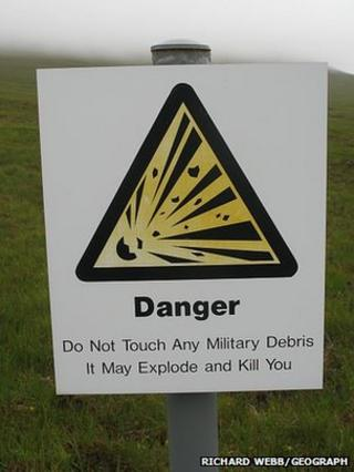 Warning sign at Cape Wrath