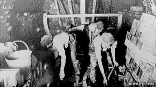 Sewer engineers working on Manchester drains in 1912