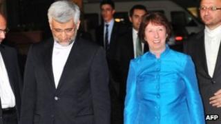 Saeed Jalili and Catherine Ashton in Istanbul (19 September 2012)