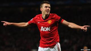 Michael Carrick celebrating his goal
