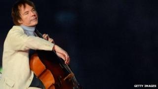 Cellist Julian Lloyd Webber