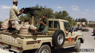 Libyan army enters compound of Sahaty Brigade in Benghazi. 22 Sept 2012
