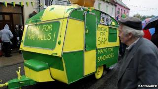 Caravan painted in Donegal's colours