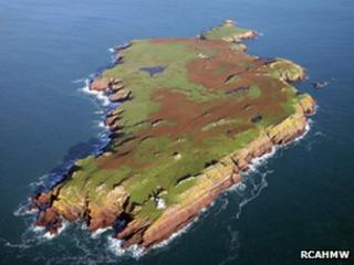 Skokholm - © Crown: Royal Commission on the Ancient and Historical Monuments of Wales