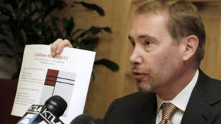 Bond fund manager Jeffrey Gundlach offers a reward for stolen paintings
