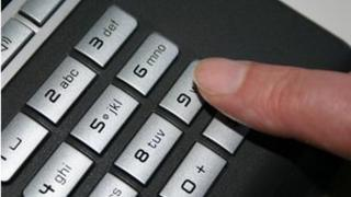 Caller dialling 999