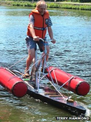 Terry Hammond training on his 'water cycle' on the river Thames