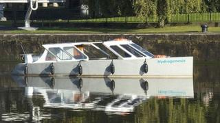 Hydrogen-fuelled ferry