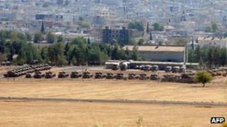 Tanks in Sanliurfa province 12 Oct 2012