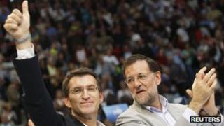 Galician President Alberto Nunez Feijo (left) and Spanish Prime Minister Mariano Rajoy, 6 October 2012