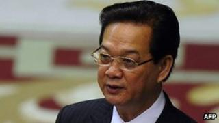 Vietnam PM Nguyen Tan Dung at parliament, 22 October 2012