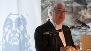 Manuel Castells speaking in Bergen in June, 2012
