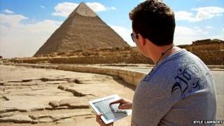 Kyle Lambert drawing in Egypt