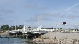 Yarmouth bridge