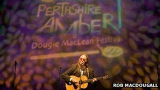 Dougie MacLean performing at Perthshire Amber in Perth Concert Hall (Rob McDougall)