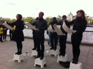 Campaigners read out the names of killed Iraqi Kurds
