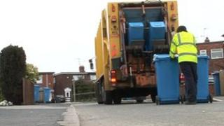 Hull refuse collectors