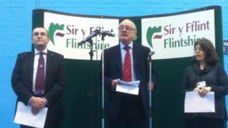 Winston Roddick (centre) makes his victory speech