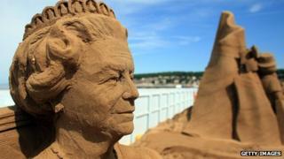 Sand sculpture of Queen Elizabeth II