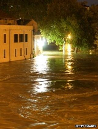 Flooded properties as the River Tiber, Rome, breaches its banks (Getty Images)