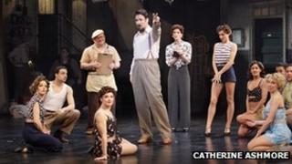 The ensemble cast for Kiss Me, Kate