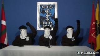 Eta militants making the statement