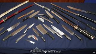 Seized knives