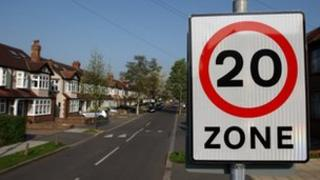 20 mph speed sign