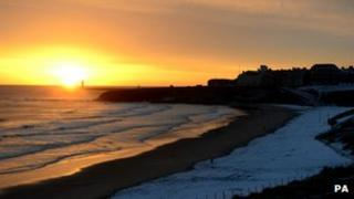 Sun rises over Tynemouth