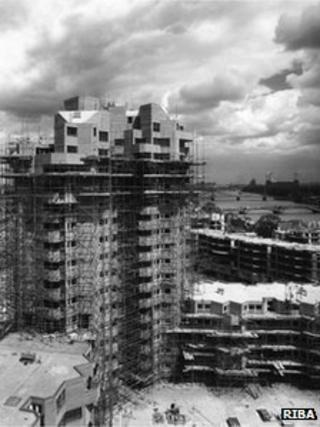 World's End Estate in Chelsea under construction