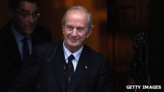 Lord Hunt leaves Downing Street on 4 December