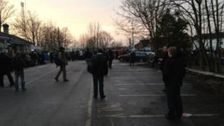 Early morning queues at Biggleswade station