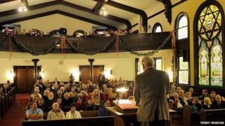 Congregation at Welsh church LA