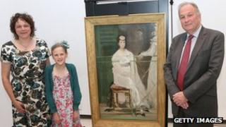 Mara Talbot, Vicky Hirsh and Ashmolean director Dr Christopher Brown