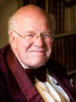 Sir Marcus Worsley