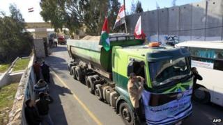 Truck passes through Rafah crossing. 29 Dec 2012