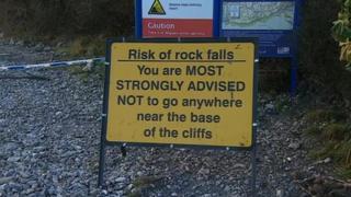 Cliff fall warning