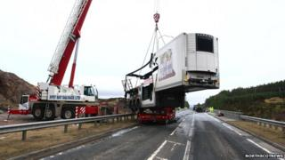 Tesco lorry on A9