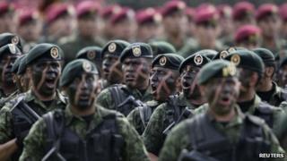 Mexican soldiers, 1 Dec 2012, Pena Nieto's inauguration