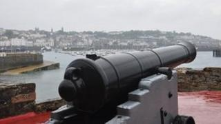 The Noon-day gun at Castle Cornet