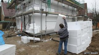 Installing insulation panels in new homes in Berlin - 18 Feb 12