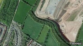 Dorket Head landfill site with resident David King's house circled in red