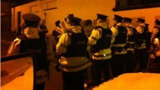 Londonderry protest police