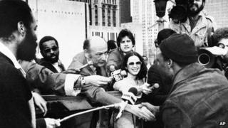 Mayor Ed Koch greets a New Yorker at the Brooklyn Bridge 7 April 1980