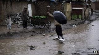 Heavy rain fall in Islamabad slum - 5 February