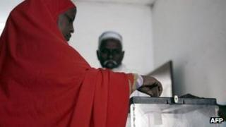 A woman votes in Djibouti's parliamentary polls in 2008