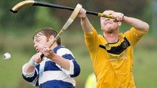Newtonmore got the better of Fort William to go top of the league